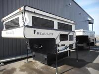 Palomino Real-Lite truck Campers