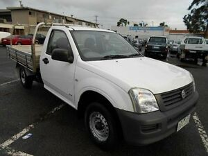2005 Holden Rodeo RA MY05.5 Upgrade DX White 5 Speed Manual Cab Chassis Maidstone Maribyrnong Area Preview