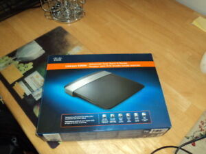 Linksys E2500 Router. Free delivery.