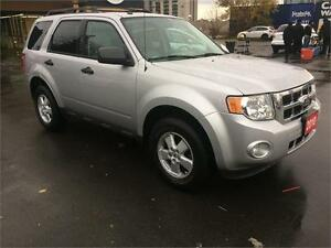 2010 Ford Escape XLT, leather, 157K, CERTIFIED, no accident,4cyl