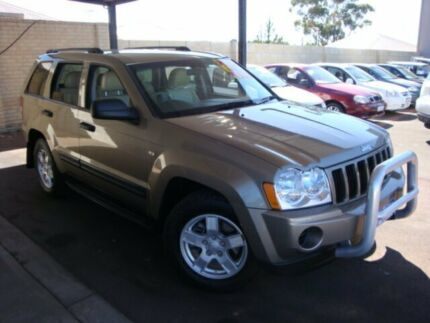 2005 Jeep Grand Cherokee WH MY2006 Laredo Gold 5 Speed Automatic Wagon