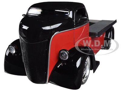 1947 FORD COE RED / BLACK 1/24 DIECAST MODEL CAR BY JADA 96959
