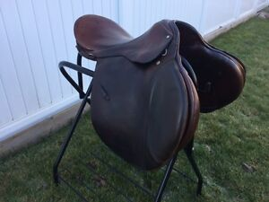 "18"" All Purpose English Saddle Regina Regina Area image 1"