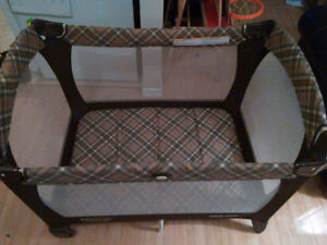 Snugli & Hotslings Infant Carriers, Playpen, Rocking Horse London Ontario image 5