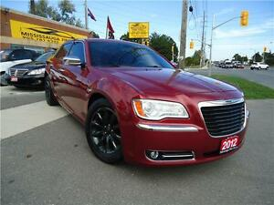 2012 Chrysler 300 Limited,PANORAMIC,LEATHER,REAR CAMERA