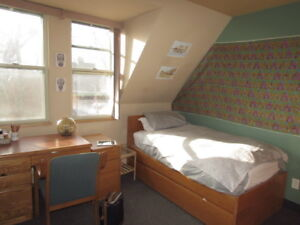 One bedroom, shared house - McGill Campus