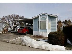 BRIGHT CHEERY 3 BED SINGLE WIDE MANUFACTURED HOME WITH ADDITION!