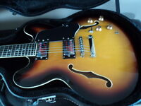 GUITARE GIBSON 335 MADE IN CHINA+ CASE RIGIDE