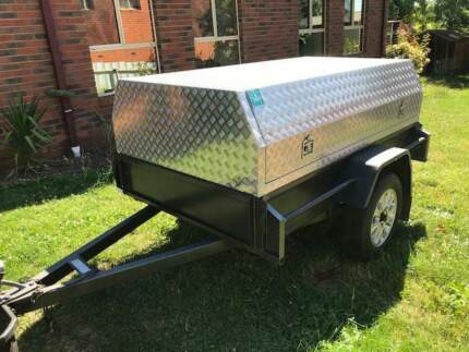 7x 4 Trailer with alloy top