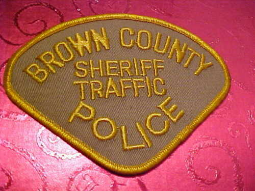 BROWN COUNTY WISCONSIN TRAFFIC POLICE PATCH SHOULDER SIZE UNUSED