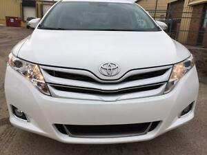 2014 Toyota Venza V6 3.5L AWD With warranty NO PST REDUCED!