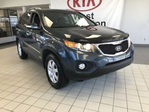 2011 Kia Sorento LX AWD 2.4L *BLUETOOTH/HEATED CLOTH FRONT SEATS