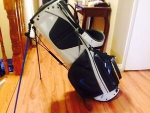 Nike Sport Lite Golf Bag WITH Stand New with Tags St. John's Newfoundland image 1