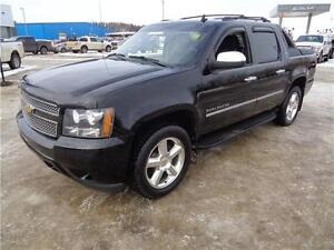 ** 2011 ** CHEVROLET ** AVALANCHE ** LTZ ** ONLY 67,700 KM **