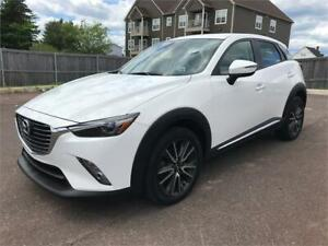 2017 Mazda CX-3 GT - THE ULTIMATE CX-3 AWD - 29,000 KMS.