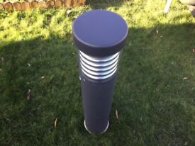 70 WATT LIGHT BOLLARD