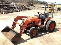 2003 Kubota B7500 4x4 Compact Loader Tractor