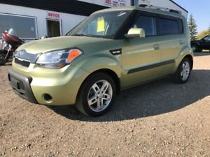 2010 Kia Soul 2u Low km's!   SALE ONLY $6500.!!!!!