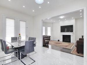 ** Bright & Spacious 5 Bedroom House For Sale in Brampton !!