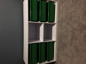 Kids shelving unit with pull out drawers