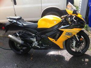 GSXR 750 2012  Vente Rapide !!!!!!!!