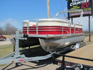 BOAT TO RV TRADE? WE LOVE BOATS AT TOWN AND COUNTRY RV PERTH
