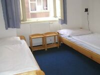 ROOM SHARE ROOM LET IN ILFORD ROOM SHARE 1 BED AVAILABLE £10 PER NIGHT! CLOSE TO CENTRAL LINE &ilfd
