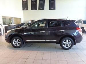 2013 Nissan Rogue SV - Bluetooth + Media Inputs, Sunroof, AWD!