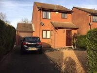 3 Bedroom Detached House with Garage Available NOW