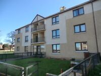 Bright, spacious unfurnished two bed ground floor flat available 22/09.