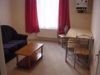 Spacious and bright 2 bedroom flat available in Maida Vale
