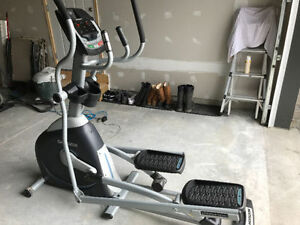 ***** Horizon CE5.2 Elliptical Trainer****