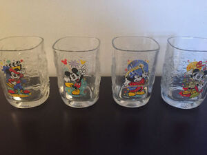 Verres VINTAGE, collection Disney, de l'an 2000.