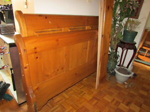Sleigh bed frame for Double Mattress