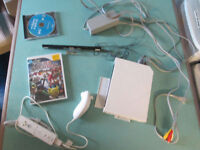 NINTENDO WII SYSTEM COMPLETE WITH SUPER SMASH BROS & WII SPORTS