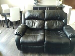 Like New Black Leather Reclining Loveseat