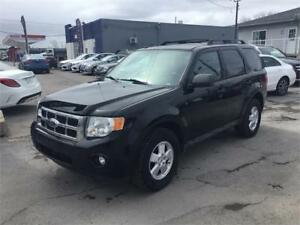 2009 Ford Escape XLT 4x4 CUIR, TOIT, 150243km.  514-692-2005