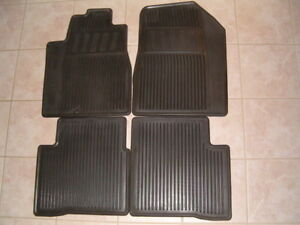Brand New OEM Nissan Maxima Rubber All Season Mats