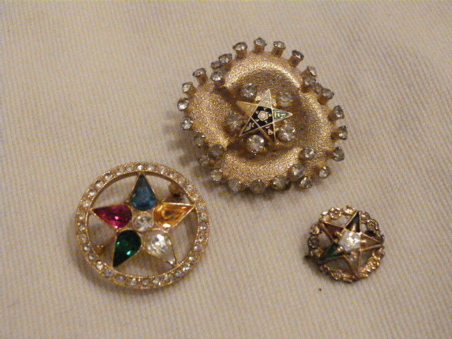 Lot of 3 VINTAGE Gold Tone Fraternal Eastern Star Jewelry 2 Brooches 1 pin