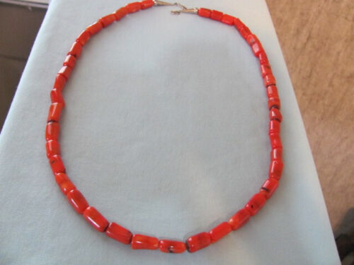 VINTAGE SOUTHWESTERN CORAL BARREL BEADS NECKLACE W STERLING CONE END CLASPS