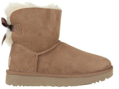 Damen Boots Stiefel UGG Mini Bailey Bow II Chesnut 1016501-CHE
