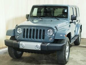 2014 Jeep Wrangler Unlimited Sahara 4WD w/ Navigation, Leather,