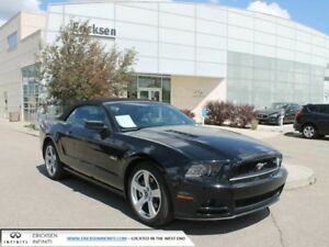 2013 Ford Mustang GT/CONVERTIBLE...LOW KM'S...HEATED SEATS
