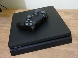 Sony PlayStation 4 PS4 slim 500gb mint condition