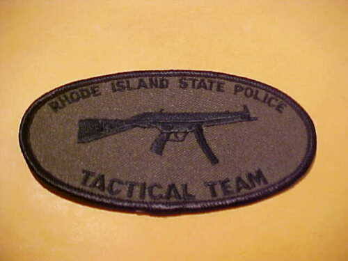RHODE ISLAND STATE POLICE TAC. TEAM POLICE PATCH SHOULDER SIZE UNUSED 4.5 X 2.5