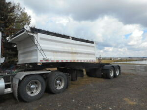1999 Midland side dump lead trailer increase your payload