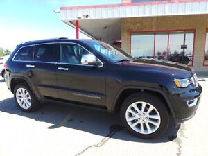 2017 Jeep Grand Cherokee 4WD LIMITED Accident Free,  Leather,  H