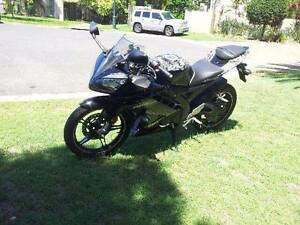 2013 Yamaha YZF-R15 Custom Paint LAMS as new Burleigh Waters Gold Coast South Preview