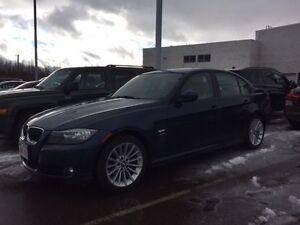 2011 BMW 3-Series 328XDrive Sedan