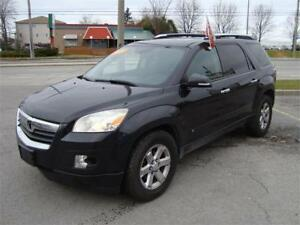 2009 Saturn Outlook 7 Seater All Wheel Drive !